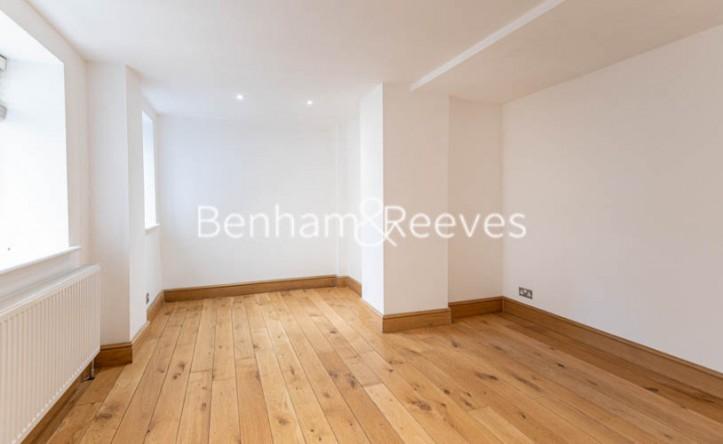 2 Bedroom flat to rent in Belsize Park Gardens,Belsize Park,NW3