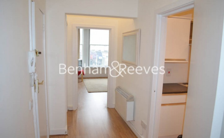 1 Bedroom flat to rent in Earls Court Road, Kensington, SW5