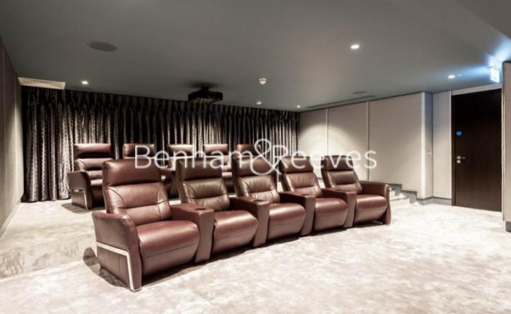 1 Bedroom flat to rent in 375 Kensington High Street, London, W14