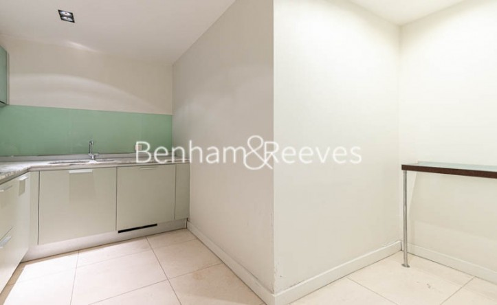 1 Bedroom flat to rent in Cock Lane, Farringdon, EC1A