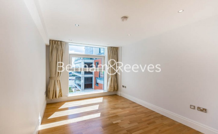 3 Bedroom flat to rent in Chelsea Vista, Imperial Wharf, SW6