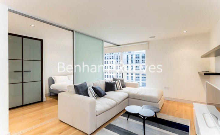 1 Bedroom flat to rent in Townmead Road, Imperial Wharf, SW6