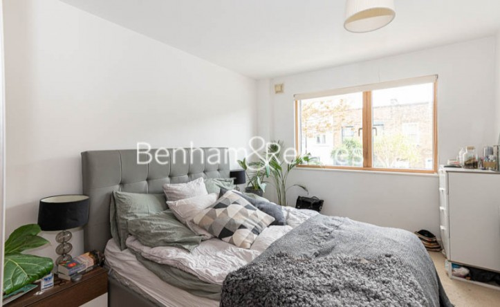 3 Bedroom flat to rent in Sussex Way, highgate,N7