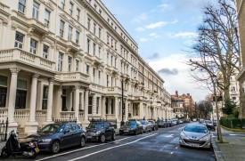 EARLS COURT Area Guide image - 1