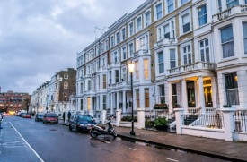 EARLS COURT Area Guide image - 2