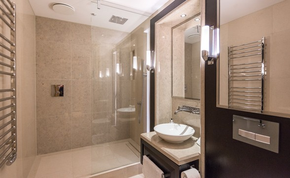 Abell & Cleland, SW1 - Bathroom