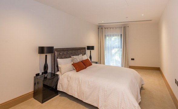 Abell & Cleland, SW1 - Bedroom