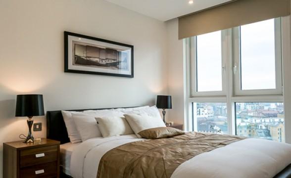 Altitude, E1 - Bedroom