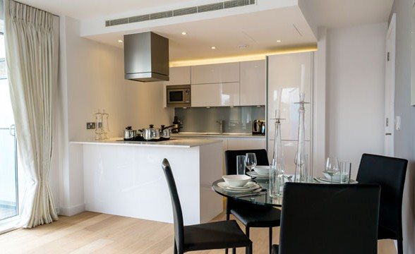 Avant Garde, E1 - Kitchen