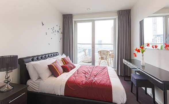 Baltimore Tower, E14 - Bedroom