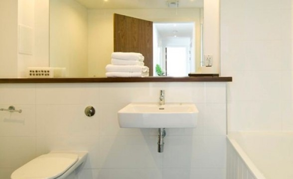 Barnsbury Place, N1 - Bathroom