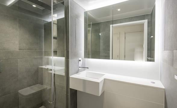 Dollar Bay, E14 - Bathroom