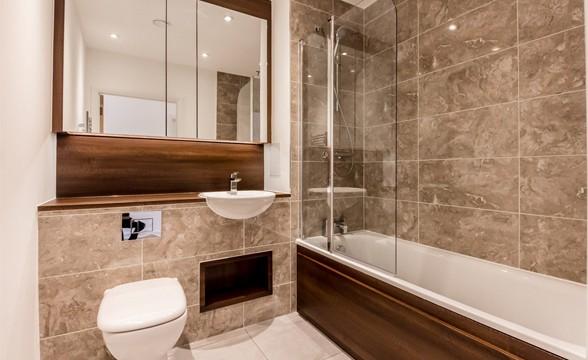 Edgware Green, HA8 - Bathroom