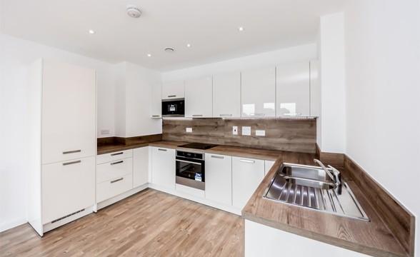 Edgware Green, HA8 - Kitchen