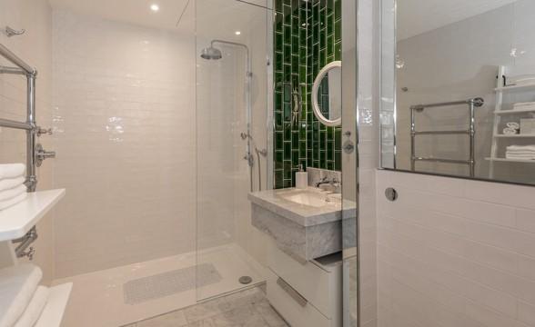 Embassy Gardens, SW8 - Bathroom