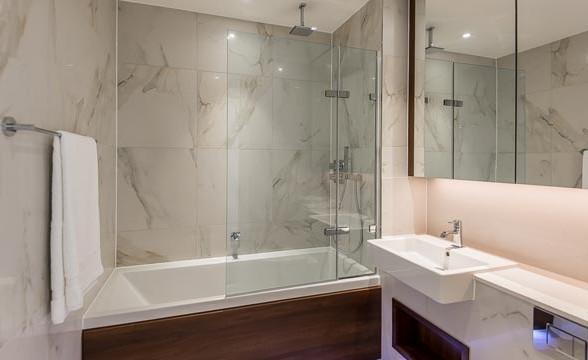 Fulham Riverside, SW6 - Bathroom