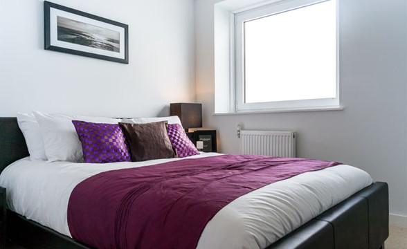 Greenwich Square, SE10 - Bedroom