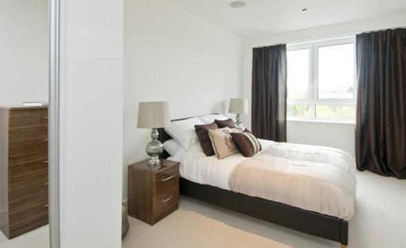 Kew Bridge, TW8 - Bedroom