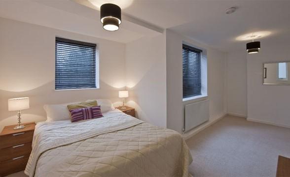 Kew Bridge Court, W4 - Bedroom