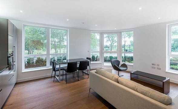 Kidbrooke Village, SE3 - Reception