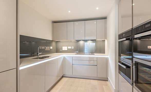 Kidderpore Green, NW3 - Kitchen