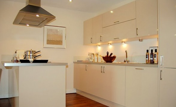 Lanterns Court, E14 - Kitchen