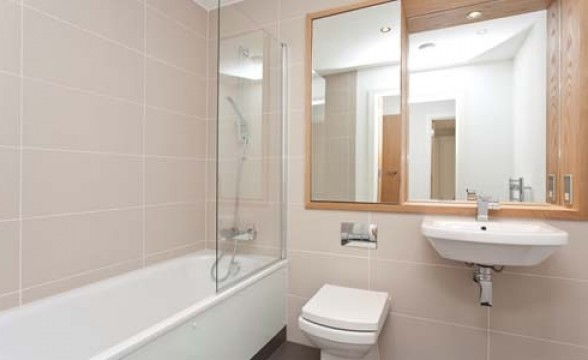 New Capital Quay, SE10 - Bathroom