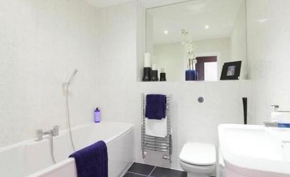 New Festival Quarter, E14 - Bathroom