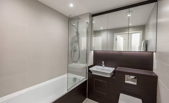 Packington Square, N1 - Bathroom