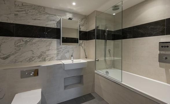 Paddington Exchange, W2 - Bathroom