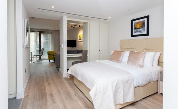 Queen's Wharf, W6 - Bedroom