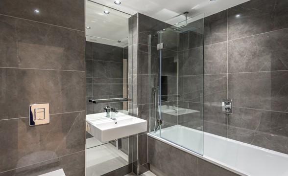 Vista, Chelsea Bridge, SW8 - Bathroom