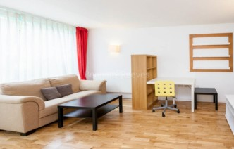 picture of Studio flat in  Station Approach, Hayes, UB3