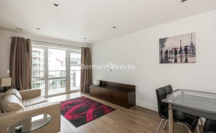 picture of 1 Bedroom(s) flat in  Dickens Yard, Ealing, W5
