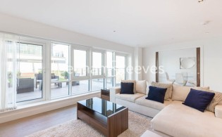 picture of 2 Bedroom(s) flat in  Dickens Yard, Ealing, W5