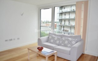 picture of Studio flat in  High Point Village, Hayes, UB3