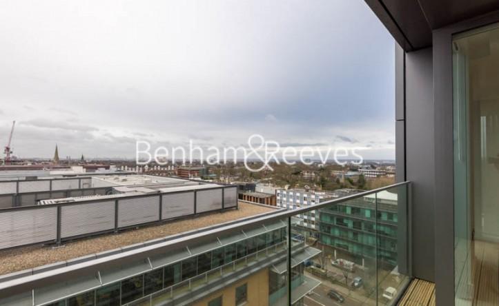 2 Bedroom flat to rent in Uxbridge Road, Ealing, W5