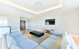 picture of 3 Bedroom(s) flat in  Longfield Avenue, Ealing, W5