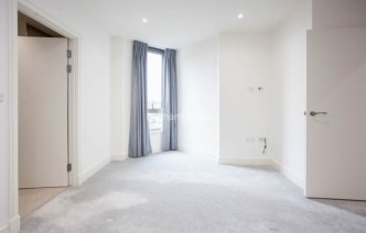 picture of 2 Bedroom(s) flat in  Seaford Road, Northfields, W13