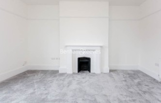 picture of 2 Bedroom(s) flat in  The Common, Ealing, W5