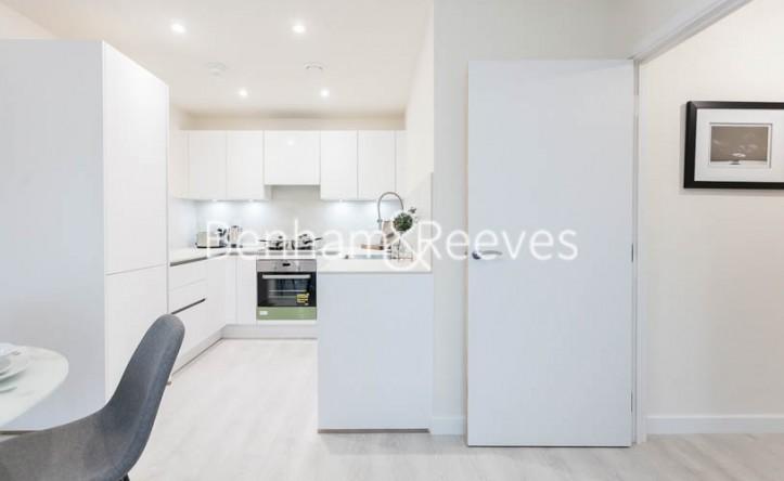1 Bedroom flat to rent in Harrow View, Harrow, HA1