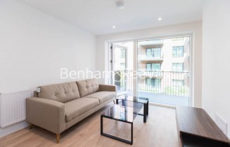 picture of 1 Bedroom(s) flat in  Greenleaf Walk, Southall, UB1