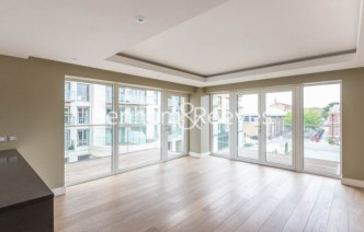 picture of 2 Bedroom(s) flat in  Fulham Reach, Hammermsith, W6
