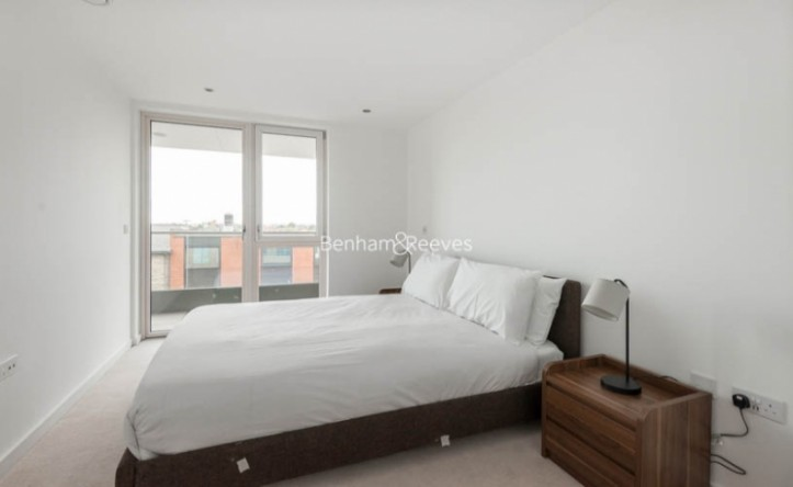 1 Bedroom flat to rent in Glenthorne Road, Hammersmith, W6