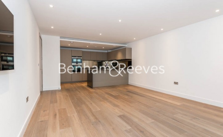 2 Bedroom flat to rent in Faulkner House, Fulham Reach, W6