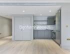 Studio flat to rent in Queens Wharf, Hammersmith, W6