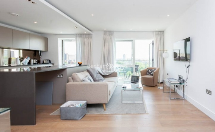 2 Bedroom flat to rent in Fulham Reach, Hammersmith, W6