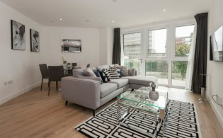 picture of 2 Bedroom(s) flat in  Sovereign Court, Fulham, W6