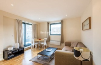 picture of 2 Bedroom(s) flat in  Cable Street, Shadwell, E1W