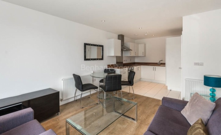 1 Bedroom flat to rent in Essian Street, Wapping, E1